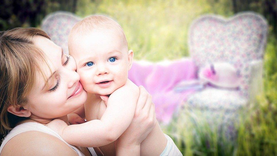Quels sont les bijoux religieux à offrir à un nouveau-né ?